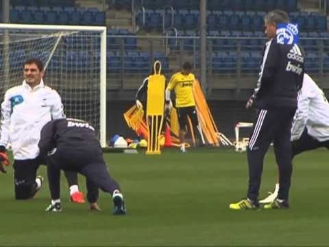 Video Real Madrids training session 04/11/2012