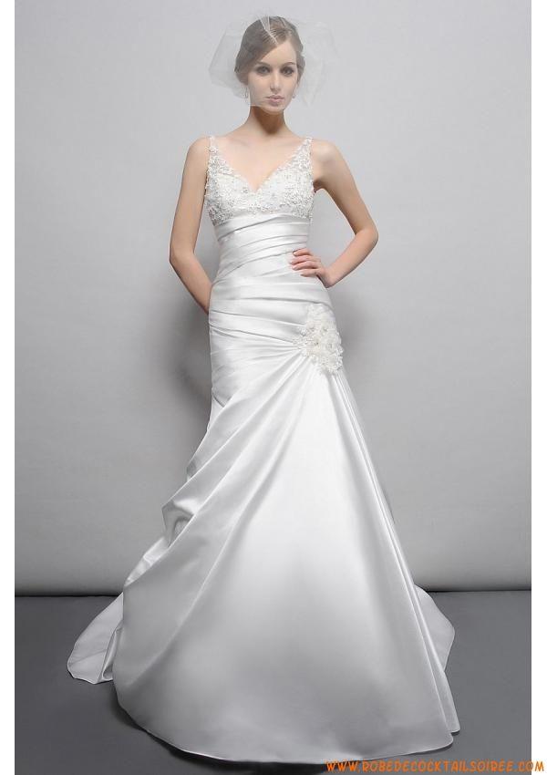 Robe de mariée évasé 2013 avec traîne bretelles col en V satin