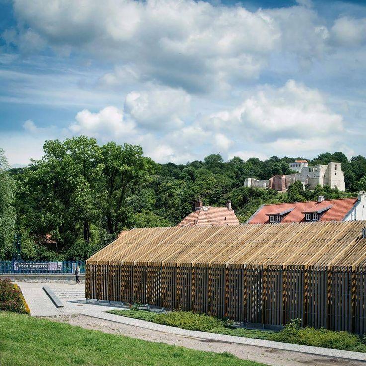 Połączenie estetyki i funkcjonalności, czyli zwycięski projekt Konkursu KOŁO na Projekt Łazienki z 2007 roku! #SanitecKOŁO #KOŁO #budynek #building #architektura #architecture #instaarchitecture #KazimierzDolny #projekt #place #view