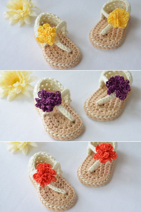 Summery Crocheted Baby Sandals // Baby Girl Shoes