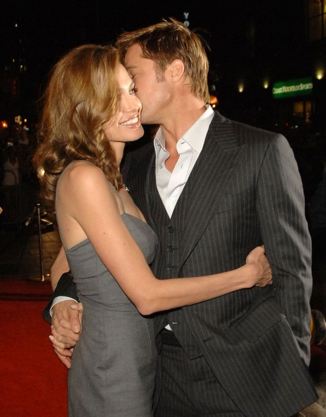 Brad Pitt and Angeline Jolie's Cutest Moments - Cute Photos of Brad Pitt and Angelina Jolie