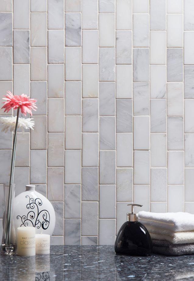 Carrara Venato Marble Mosaic Tile In 2x4 Mini Brick Subway Tiles Pattern Polished Or Honed In 2020 Marble Mosaic Tiles Marble Mosaic Subway Tile Patterns