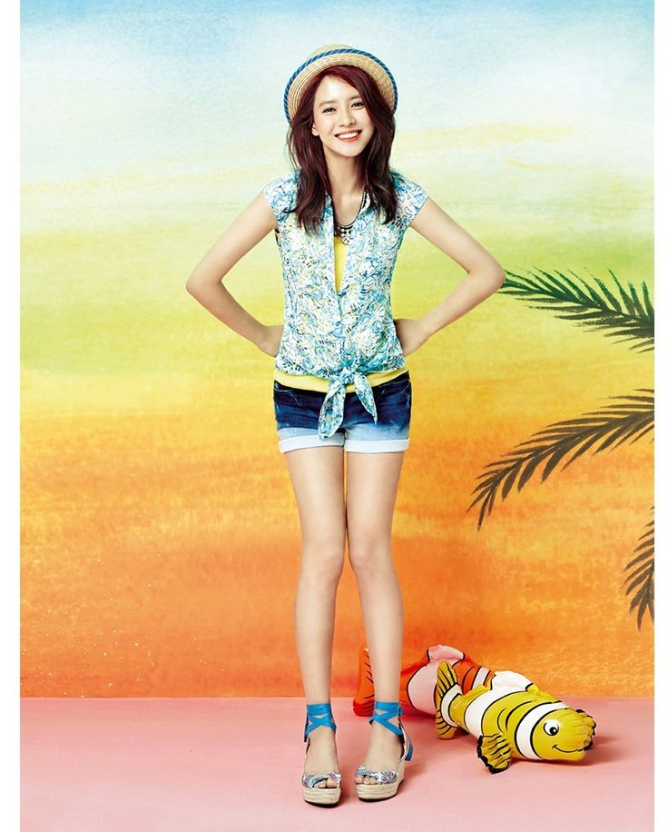 Song Ji Hyo - Yesse Summer 2014