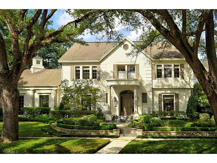 3006 Sunset. Old world charm meets sleek modern elegance in this extraordinary West University residence. Situated on a spacious lot with mature trees and luscious landscaping. Bernstein Realty, Houston Real Estate
