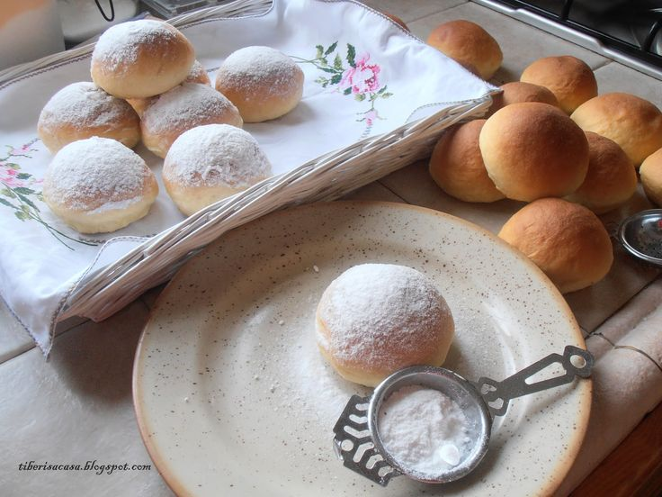 Coques de llevat , Cocas de levadura , coques dolçes , cocas dulces , Tiberis , Menorca , gastronomia menorquina , recetas antiguas .