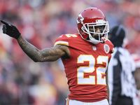 Chiefs finalizing deal to trade Marcus Peters to Rams
