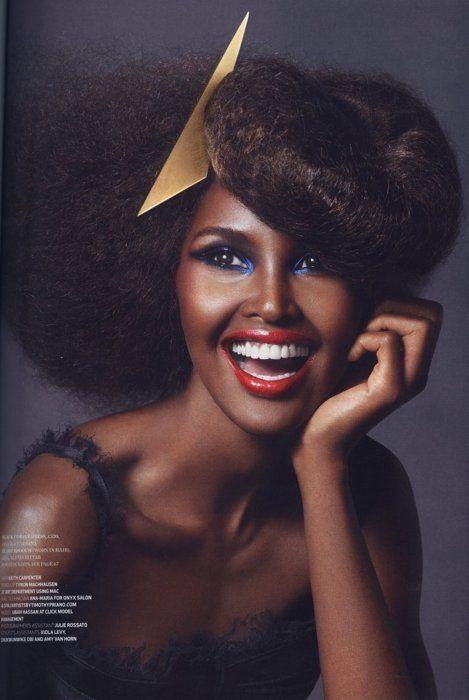 beautiful Black Style, Hair Piece, Women Accessories, Red Lips, Hair Accessories, Nature Hair, Chic Hair, Black Beautiful, Ubah Hassan