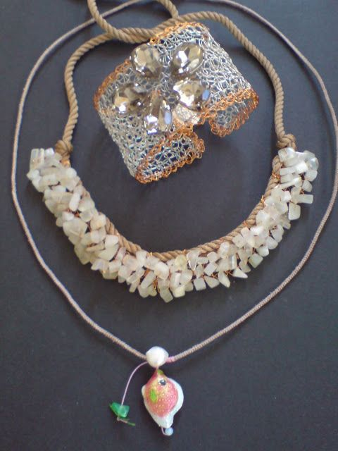 Handmade Wire crochet necklace & bracelet with semi precious stones