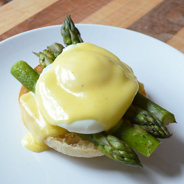 Princess variation of Eggs Benedict: Hollandaise Sauce