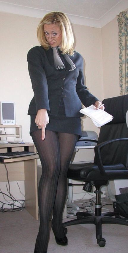 Pantyhose mature buzzed after xmas party 3