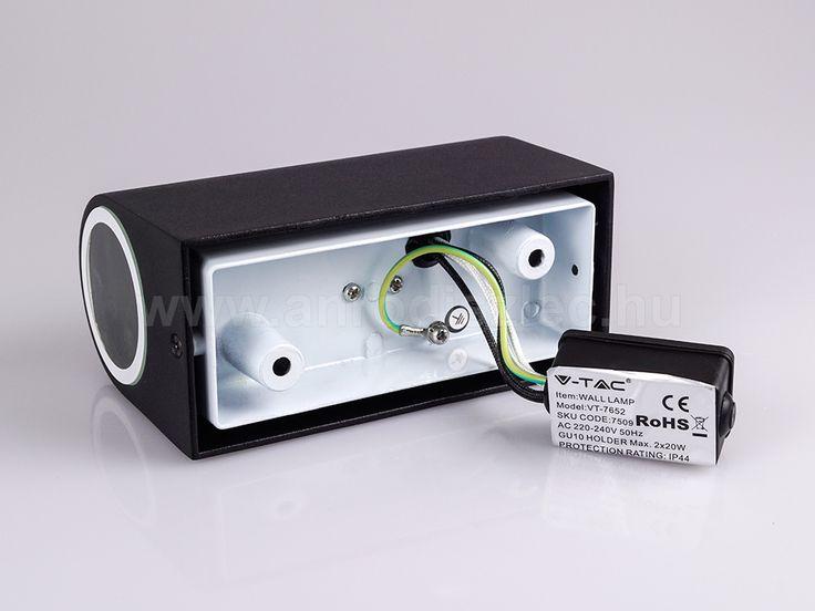 Ha már fotózás, akkor lássuk mit rejt a doboz, mit rejt a szerelőpanel.   V-tac Blacklight Double-1 lámpatest kültéri világításhoz. SKU 7509