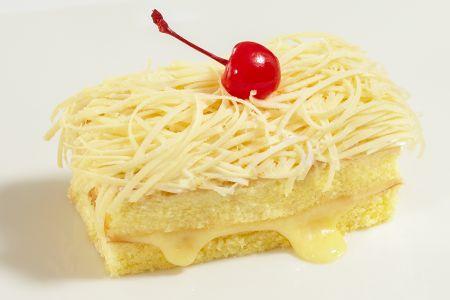 Cara membuat Bolu Kukus Keju, untuk lihat resep dan cara mudah nya silahkan klik, kuliner-ilmci.com