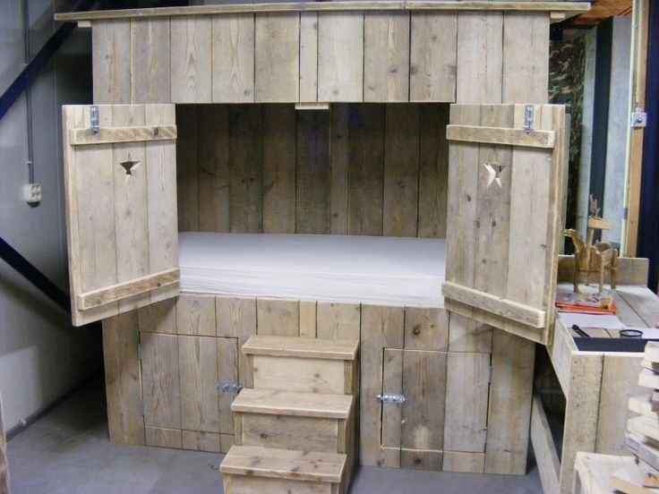 25 beste idee n over houten pallet bedden op pinterest - Foto houten pallet ...