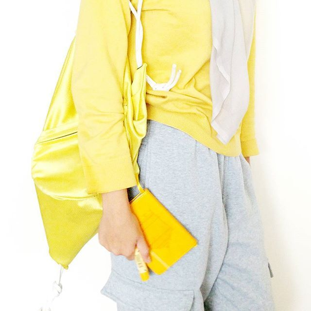 Yellow outfit / fashion.