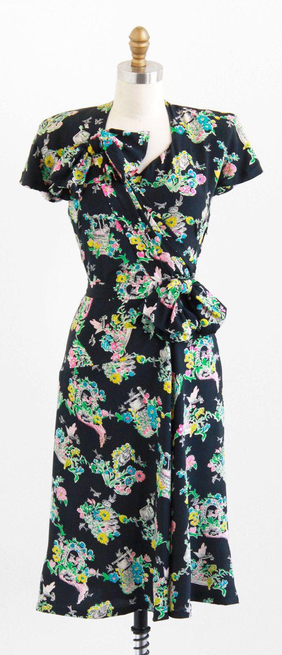 vintage 1940s dress / 40s dress / Colorful Garden Flowers ...