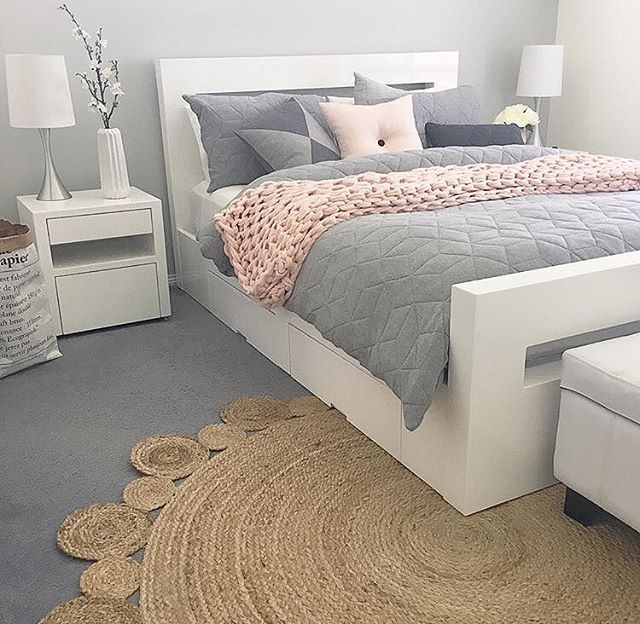 white bedroom ideas. Bedroom Inspo  The ever so perfect bedroom belonging to love the rug Best 25 White furniture ideas on Pinterest