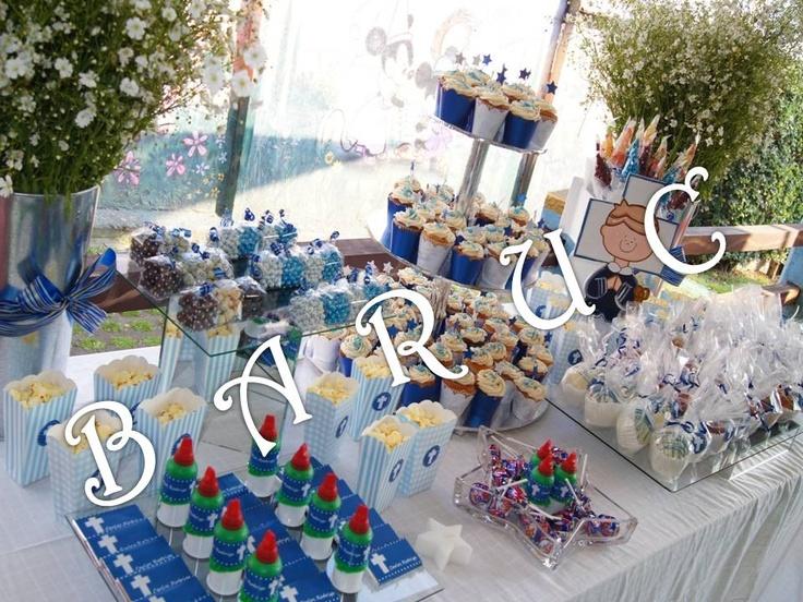 Decoraci n de mesa de postres para 1ra comuni n para ni os for Decoracion mesas dulces