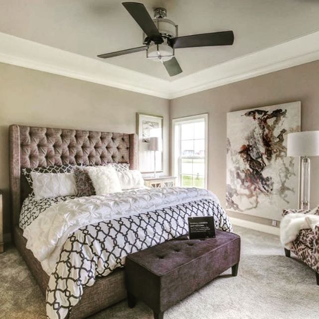 Best 25  Upholstered beds ideas on Pinterest   Grey upholstered bed   Upholstered bedroom set and Bedding and curtain sets. Best 25  Upholstered beds ideas on Pinterest   Grey upholstered