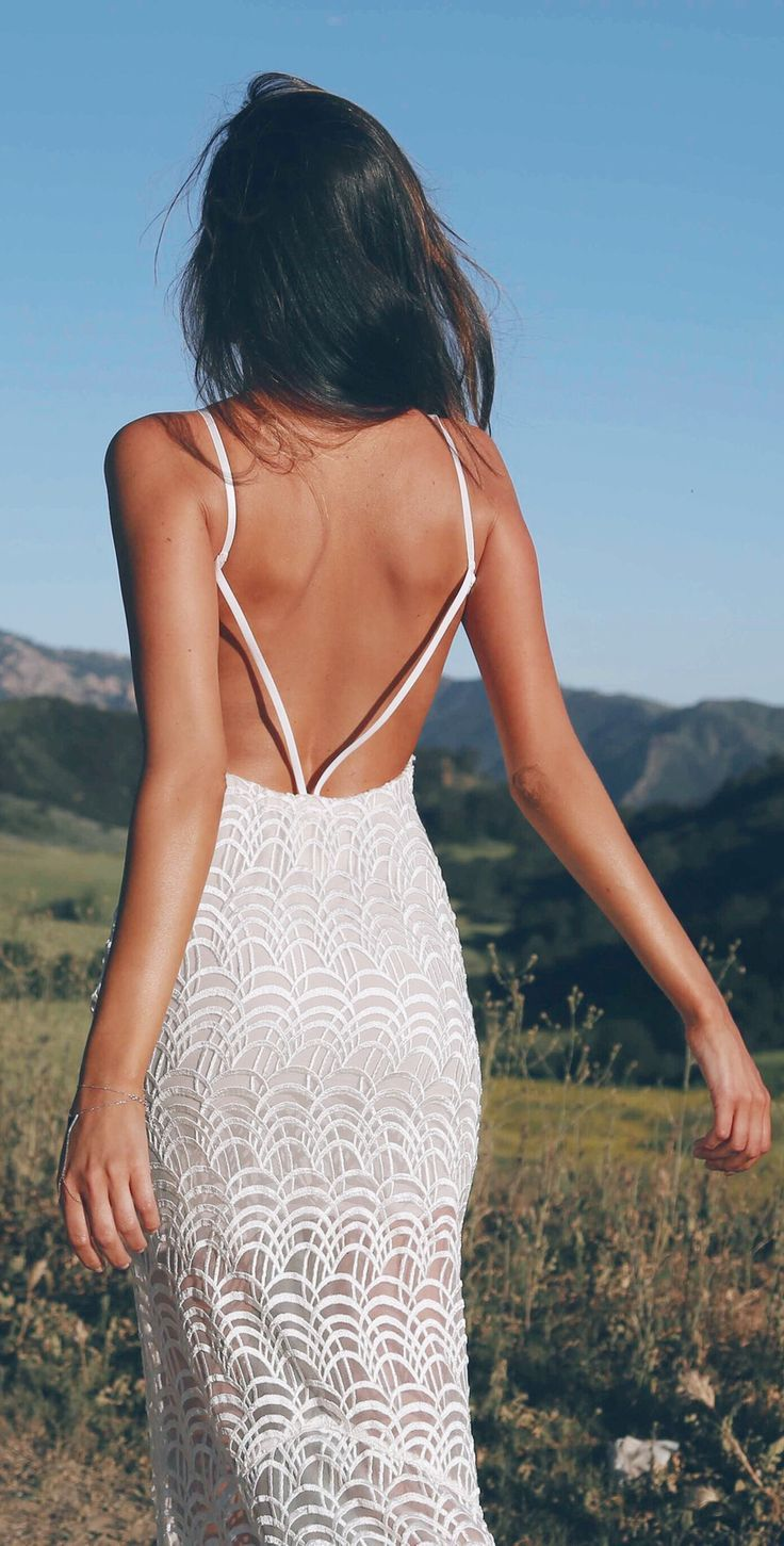 open back white maxi dress. Women fashion style summer apparel