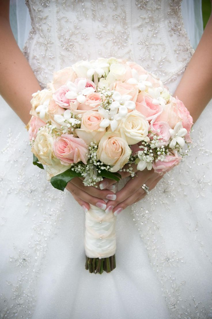 Pink and white roses bridal bouquet