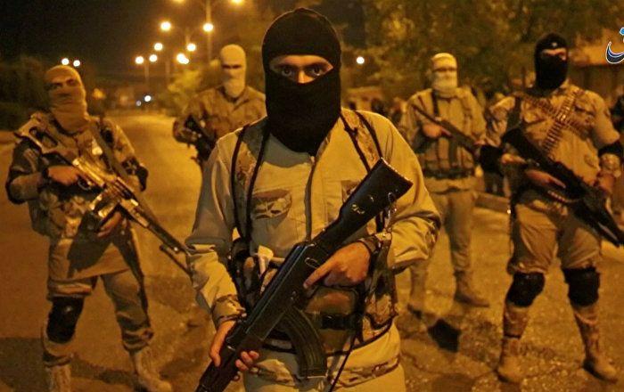IS-Terroristen haben am Donnerstag und Freitag südlich der irakischen Stadt Mossul 284 junge und erwachsene Männer hingerichtet, wie der TV-Sender CNN unter Berufung auf eine Quelle in der irakischen Aufklärung berichtet.