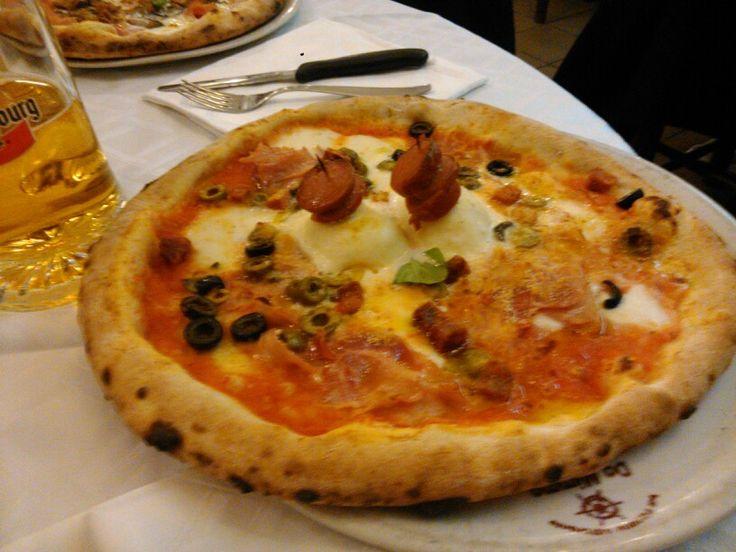 """Pizza napoletana """"prosperosa"""""""