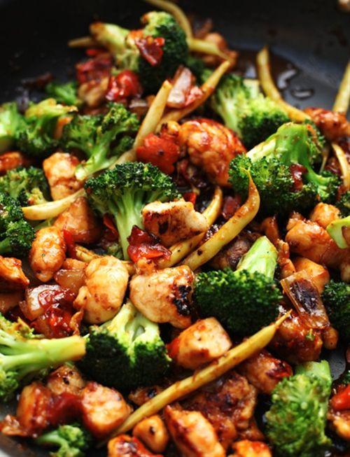 Orange chicken and vegetable stir-fry