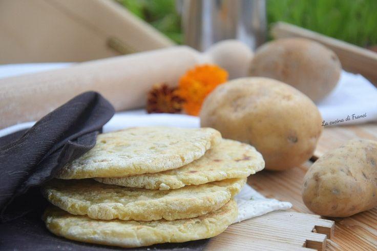 Pane+di+patate+in+padella+senza+glutine+e+lievito