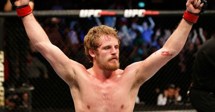 Vísir - Sjáðu bardaga Gunnars með íslenskri lýsingu | Myndband (Gunnar Nelson vs. Zak Cummings UFC MMA match in Dublin, Ireland on July 19, 2014)