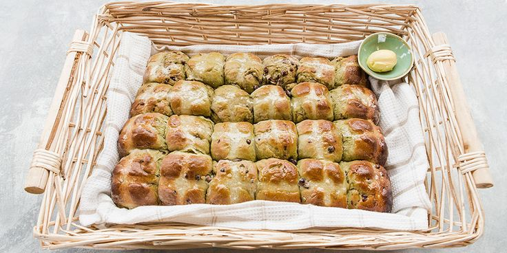 Matcha hot cross buns Recipe - Lifestyle FOOD