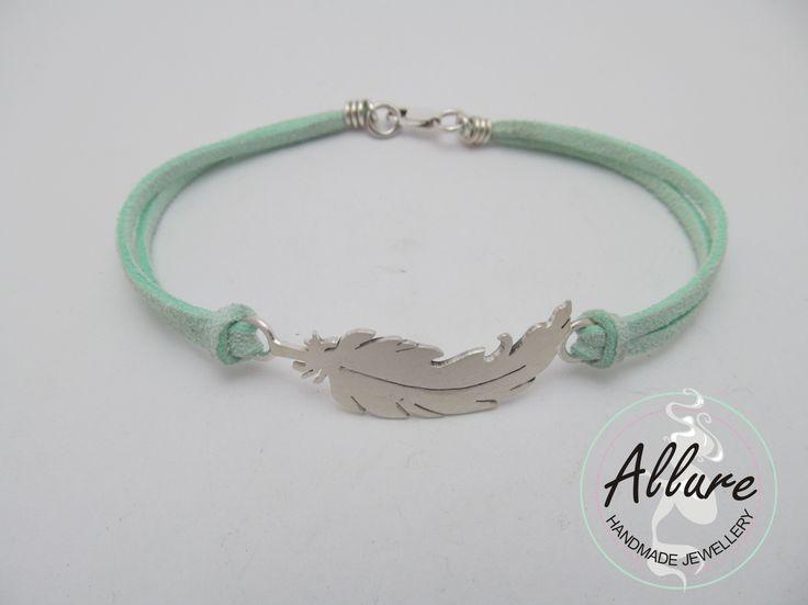 Charm Bracelet - Blue Allure by VIDA VIDA xAEEO5M
