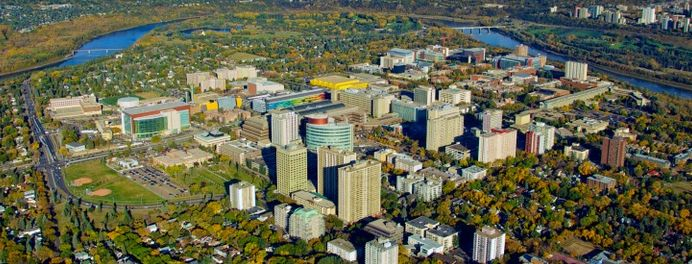 The University of Alberta is a major reason for an influx of new residence into Edmonton each year. More than 39,000 students from across Canada and 150 other countries enroll at the University of Alberta each year.