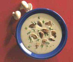 Høstsuppe med skogsopp oppskrift med kalorier, næringsinnhold, allergener, og kalkulert pris.