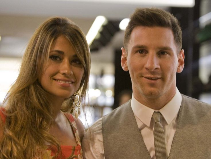 Wedding of the century: Lionel Messi Wife Antonella Roccuzzo Wiki, Bio, Age: – Have you ever wonder what true love is? Our generation's best Football player Lionel Messi is all ready to start…