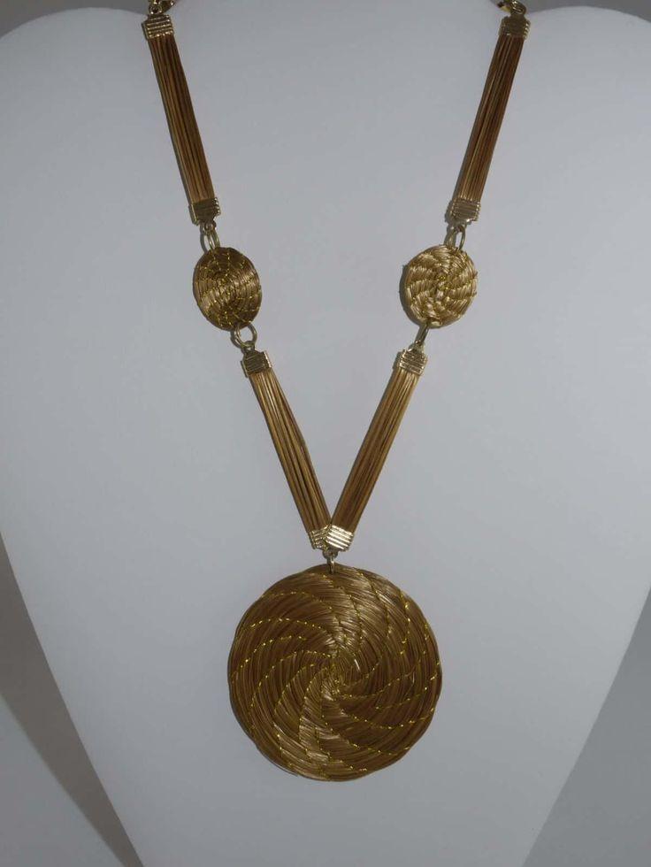 Capim Dourado (Golden Grass) Large Disc Necklace  #goldengrass #brazil #sustainablefashion #jewelry #ecofriendly #handmade #handmadejewelry #brazilian  #necklace #handcrafted