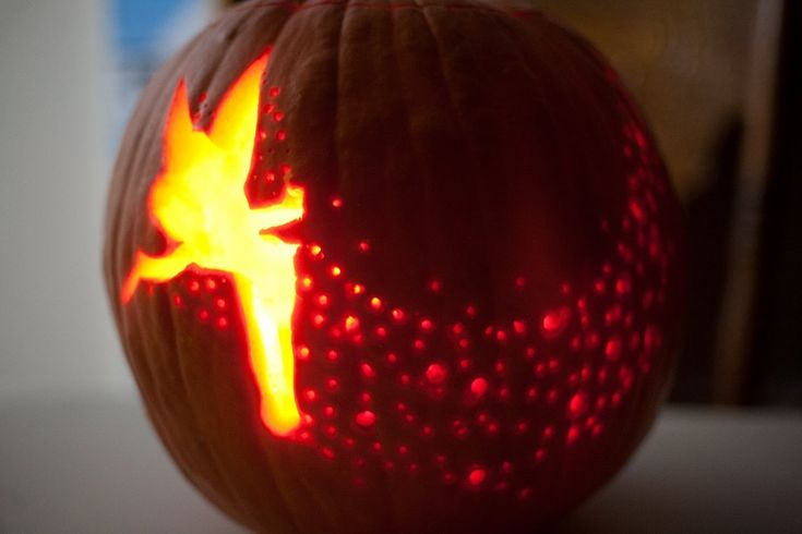Tinkerbell Pumpkin Carve Time Lapse