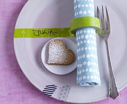 washi tape doubles as napkin ring and place card