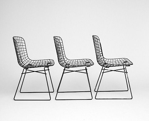 All is pretty: Bertoia Chairs, Sarah Decor, Deco Style, Interiors Design, Furniture Chairs, Exclusively Interiors, Collection Furniture, Folding Chairs, Chairs Design