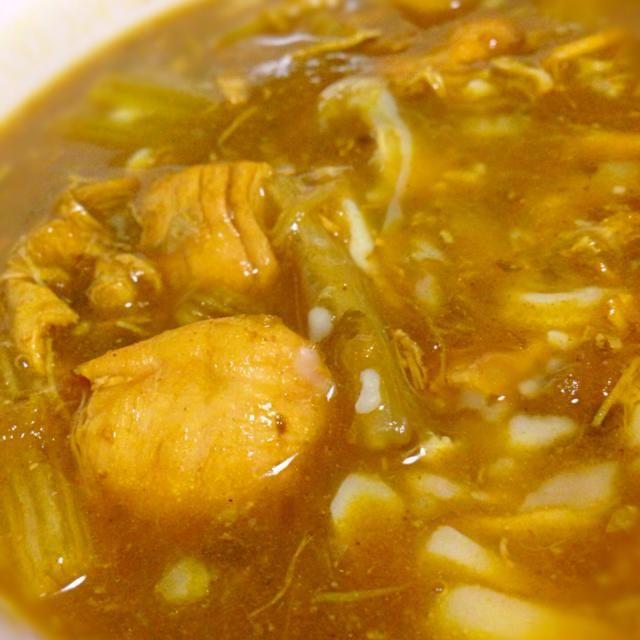 セロリ買いすぎた!(笑) - 1件のもぐもぐ - セロリと鶏むね肉のスープカレー!チーズのせ by duneyuki