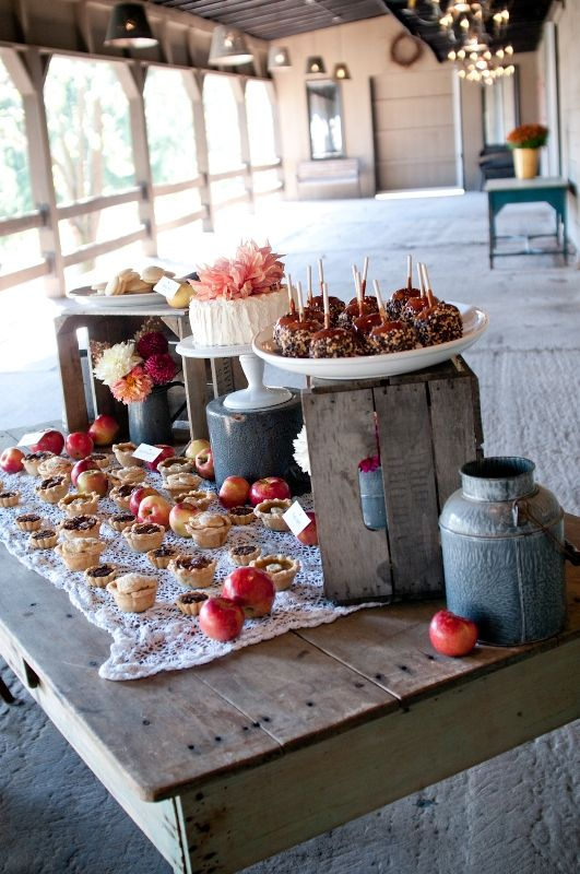 Here is the carmel apples Aunt Kathy:-) wedding cakes and pies buffet. Rustic Fall Wedding Ideas