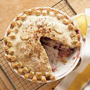 Apple, cranberry, Walnut pie