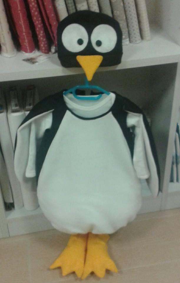 pensando al freddo... ecco un simpaticissimo pinguino ...anche per i maschietti!