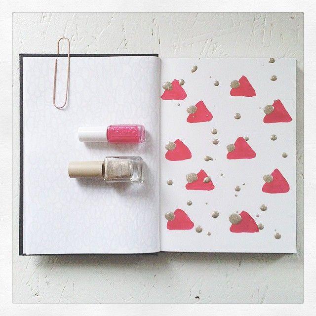 Playing with some nailpolishes today in my sketchbook.   #art #nailpolish #essie #p2 #gold #pink #melon #pattern #design #artwork #artist #artistoninstagram #artistsontumblr #designer #glitter #sandstyle #Triangle #dots #splash #Summer #creative #creativity #livingoutloud #Livingoutlouddesign