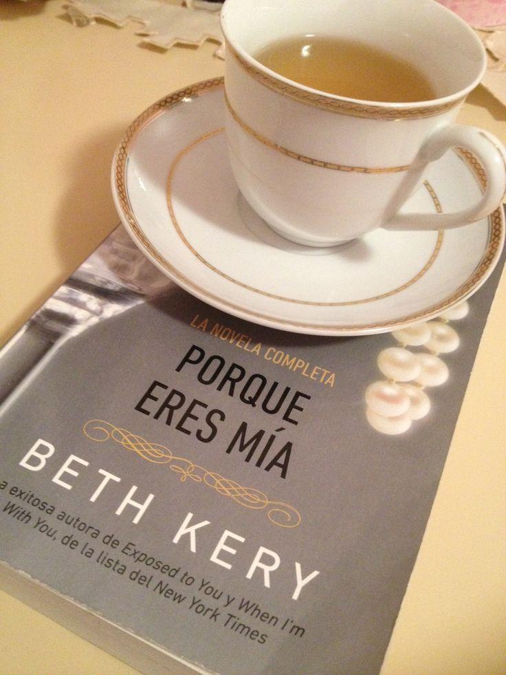 Una intensa historia de amor fuera de lo común acompañada de una taza de té, es un buen plan para medianoche