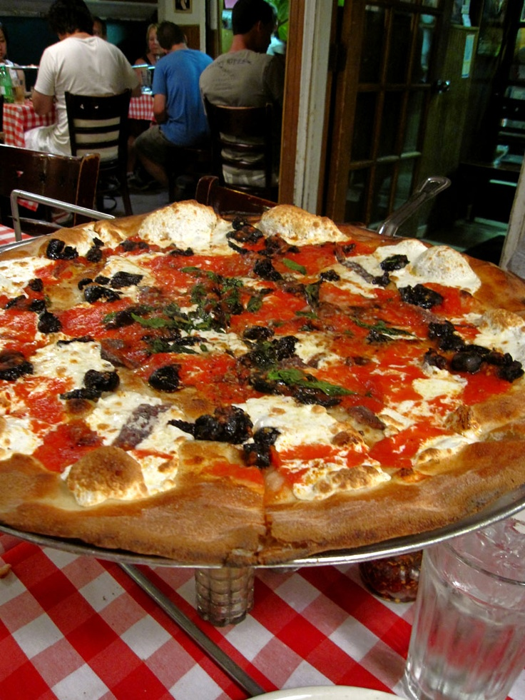 114 best new york images on pinterest cities new york city and paisajes for Best pizza near madison square garden