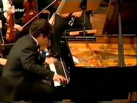 Volodos plays the cadenza to Rachmaninoff's concerto No. 3