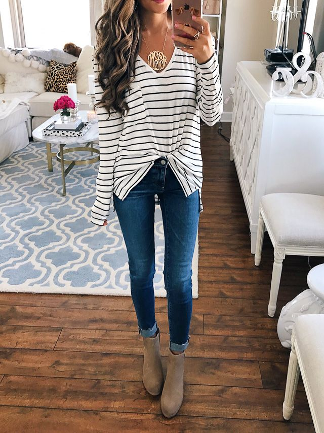 This striped tee from the Nordstrom Anniversary Sale is SO cute!