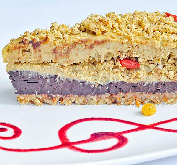 tort raw-vegan de ciocolată şi caramel