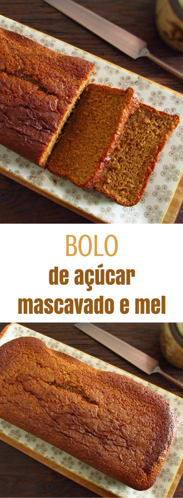 Bolo de açúcar mascavado e mel | Food From Portugal. Numa tarde fria de Inverno, apetece sempre uma fatia de bolo reconfortante com uma chávena de chá bem quente. Sugerimos um bolo de açúcar mascavado com o delicioso aroma do mel que lhe vai proporcionar uma bela tarde com amigos! #bolo #receita #açúcar #mel