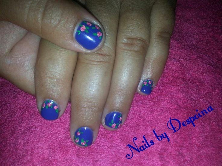 Blue nails, nail art flowers